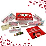 Hochzeitsgeschenk | Erste Hilfe Set für die Ehe, witziger Sanikasten | 9-teilig | Geschenk-Box zur Hochzeit / Valentinstag